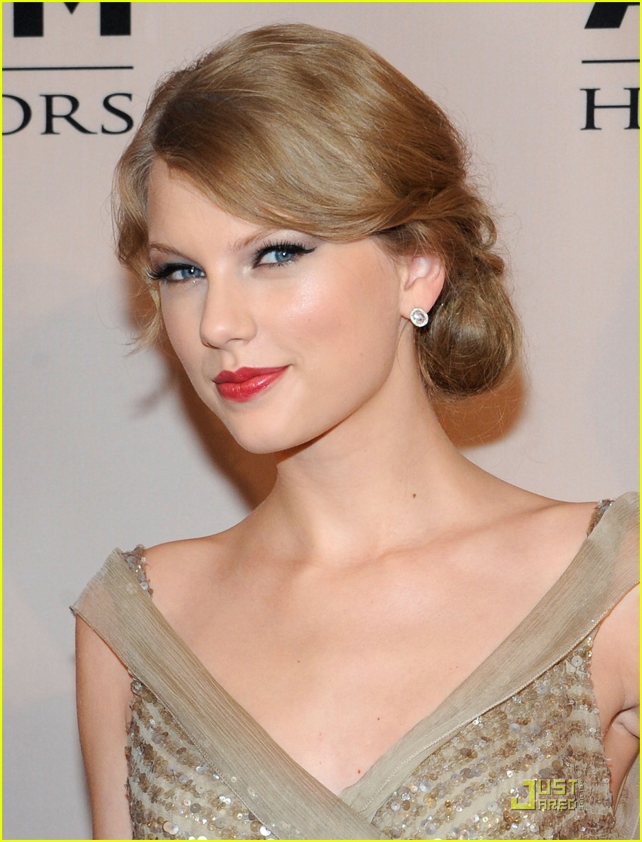 taylor swift acm honors 16