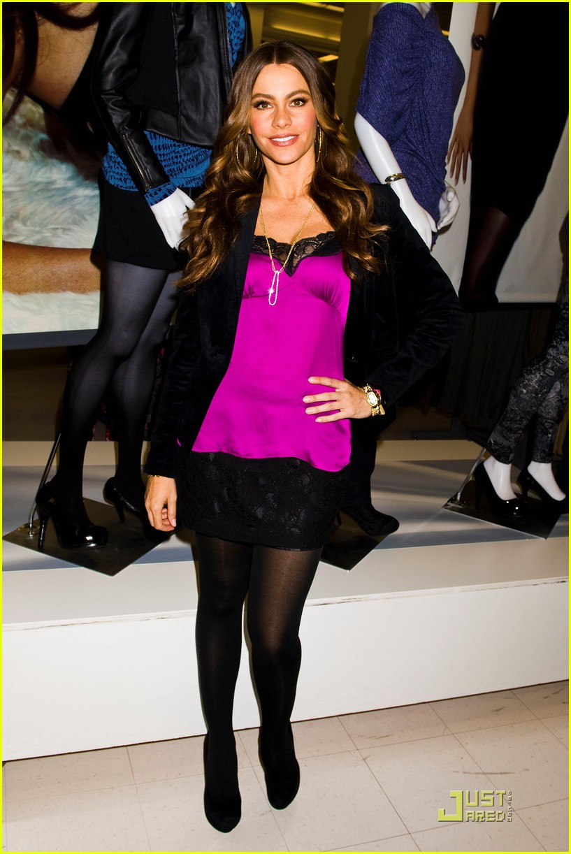 sofia vergara kmart clothing launch 07