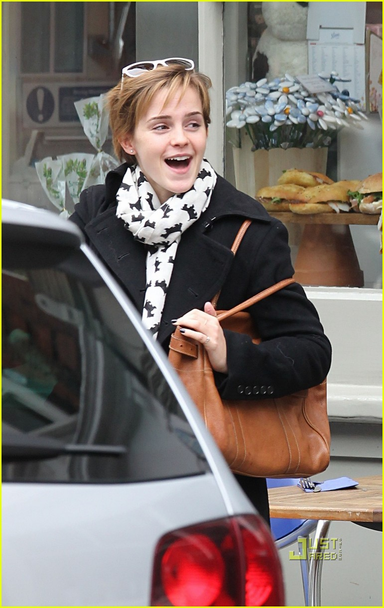 emma watson breakfast london 02