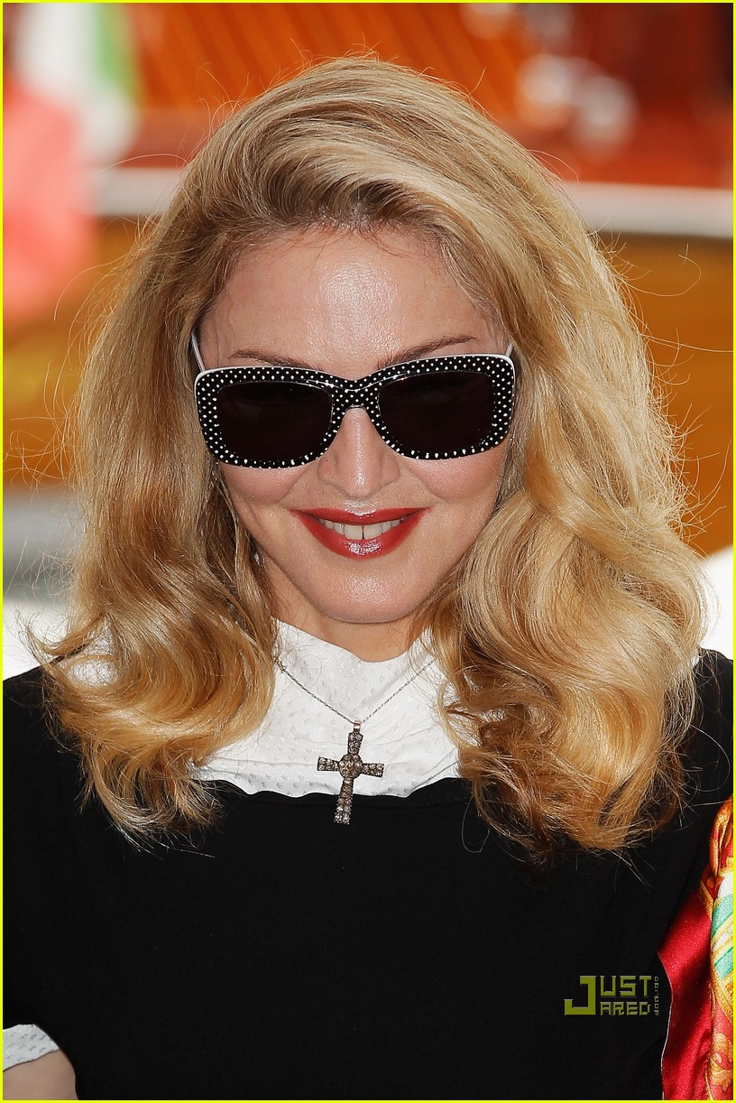 madonna we photo call venice film festival 10