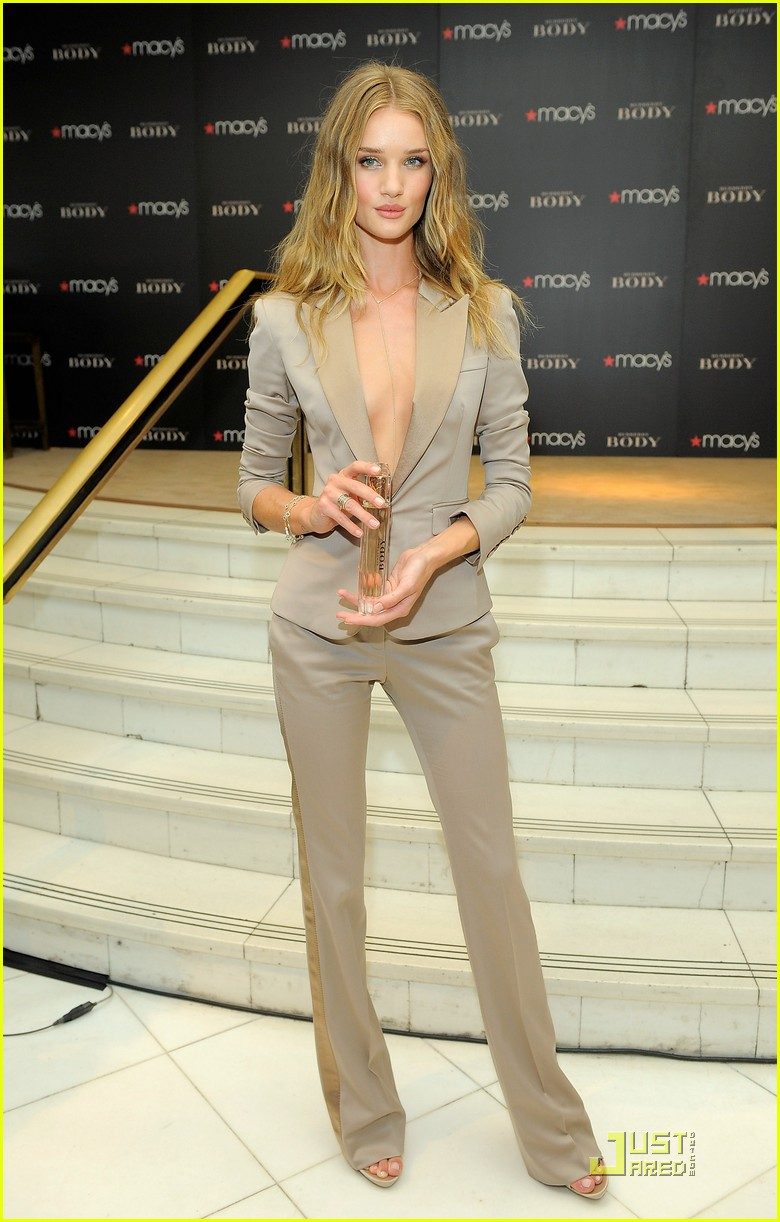 rosie huntington whiteley macys 07