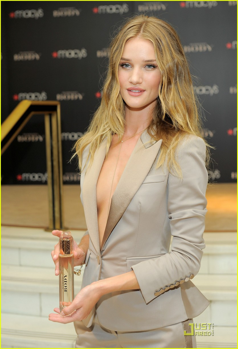 rosie huntington whiteley macys 16