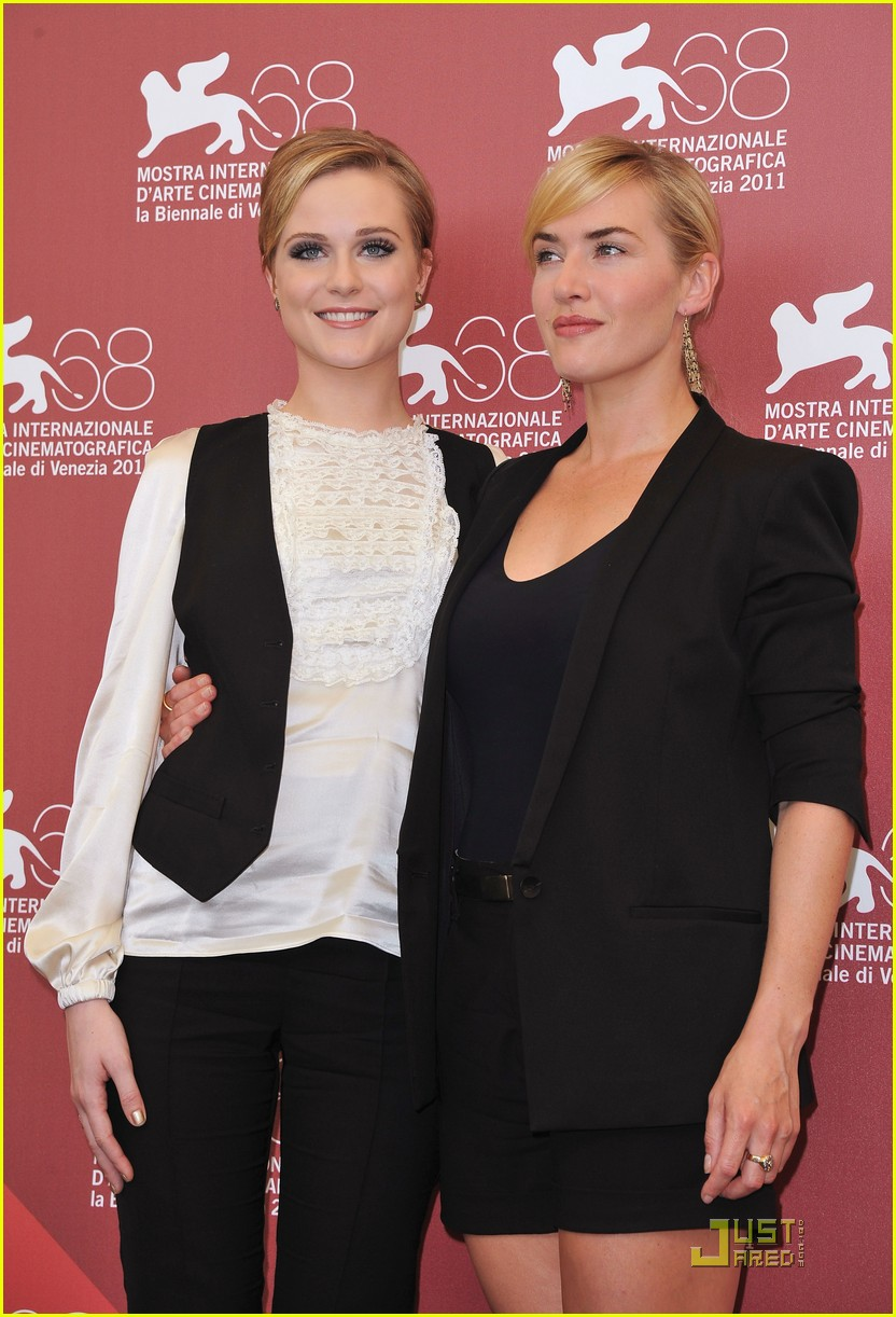 kate winslet evan rachel wood midlred pierce photo call venice 09