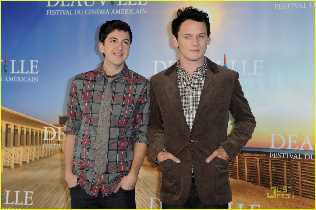 anton yelchin christopher mintz plasse fright night deauville 09