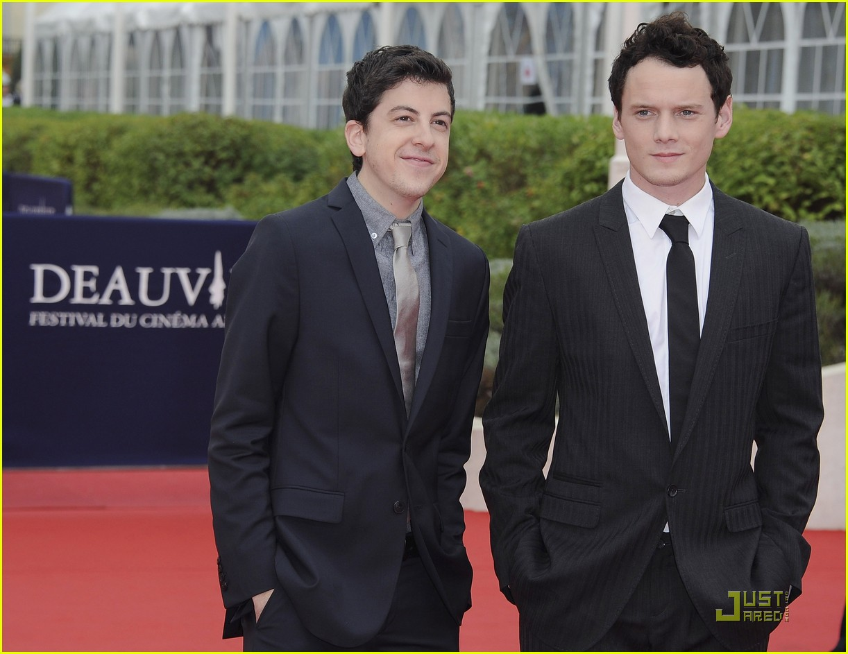 anton yelchin christopher mintz plasse fright night deauville 14