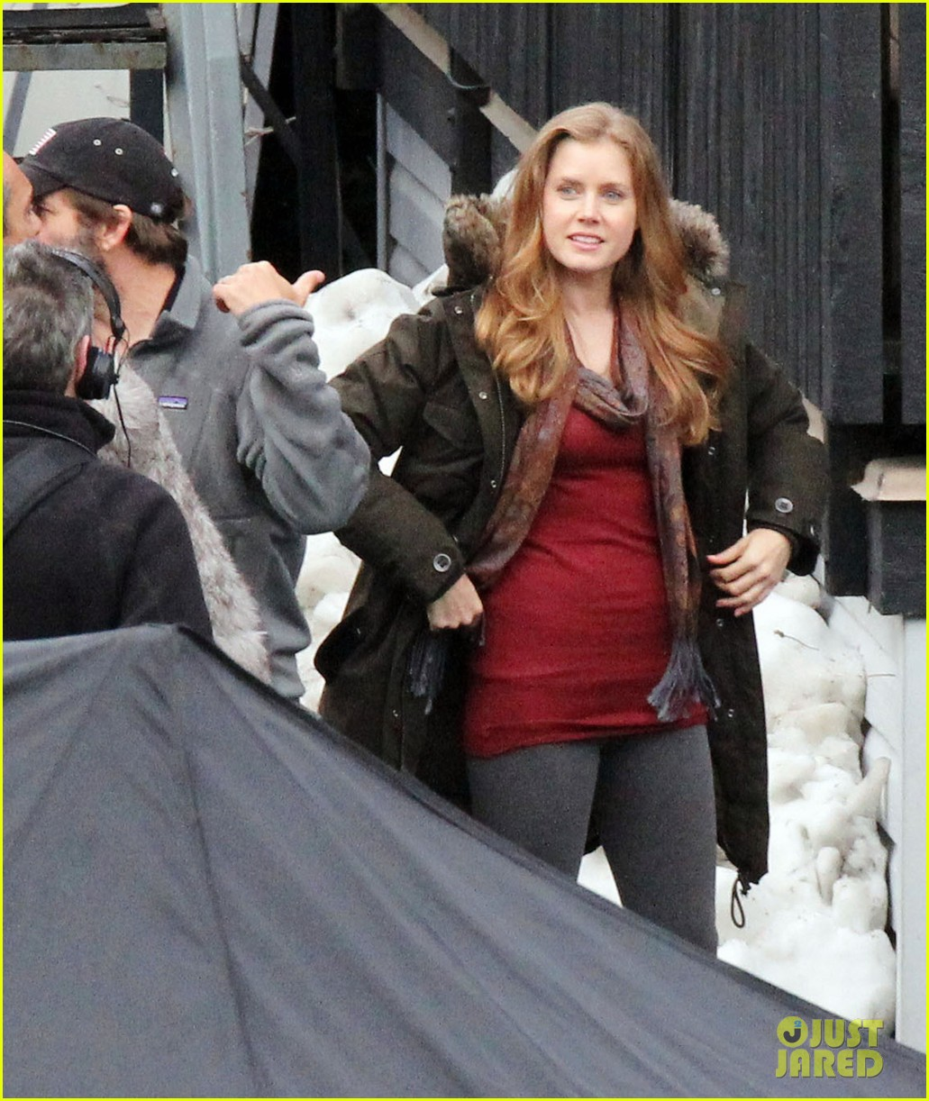 amy adams on set of man of steel 08