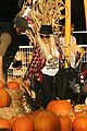christina aguilera max pumpkin patch 23