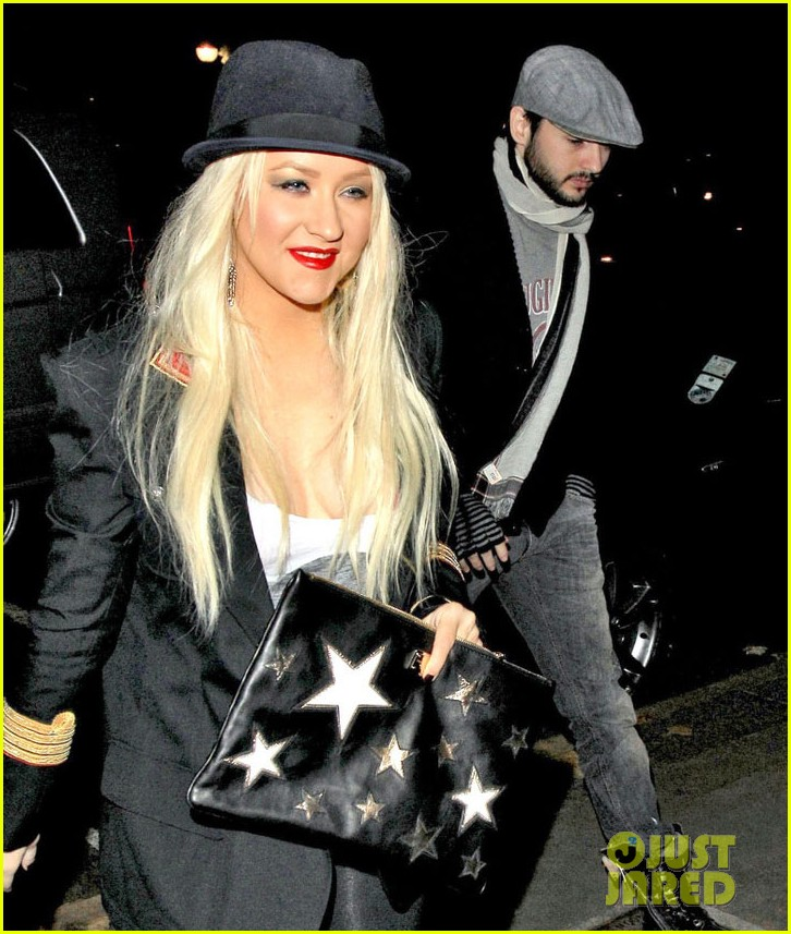 christina aguilera theatre matt 022587503