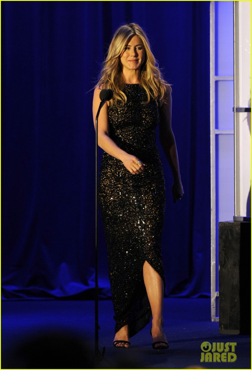jennifer aniston cinematheque awards 032590128