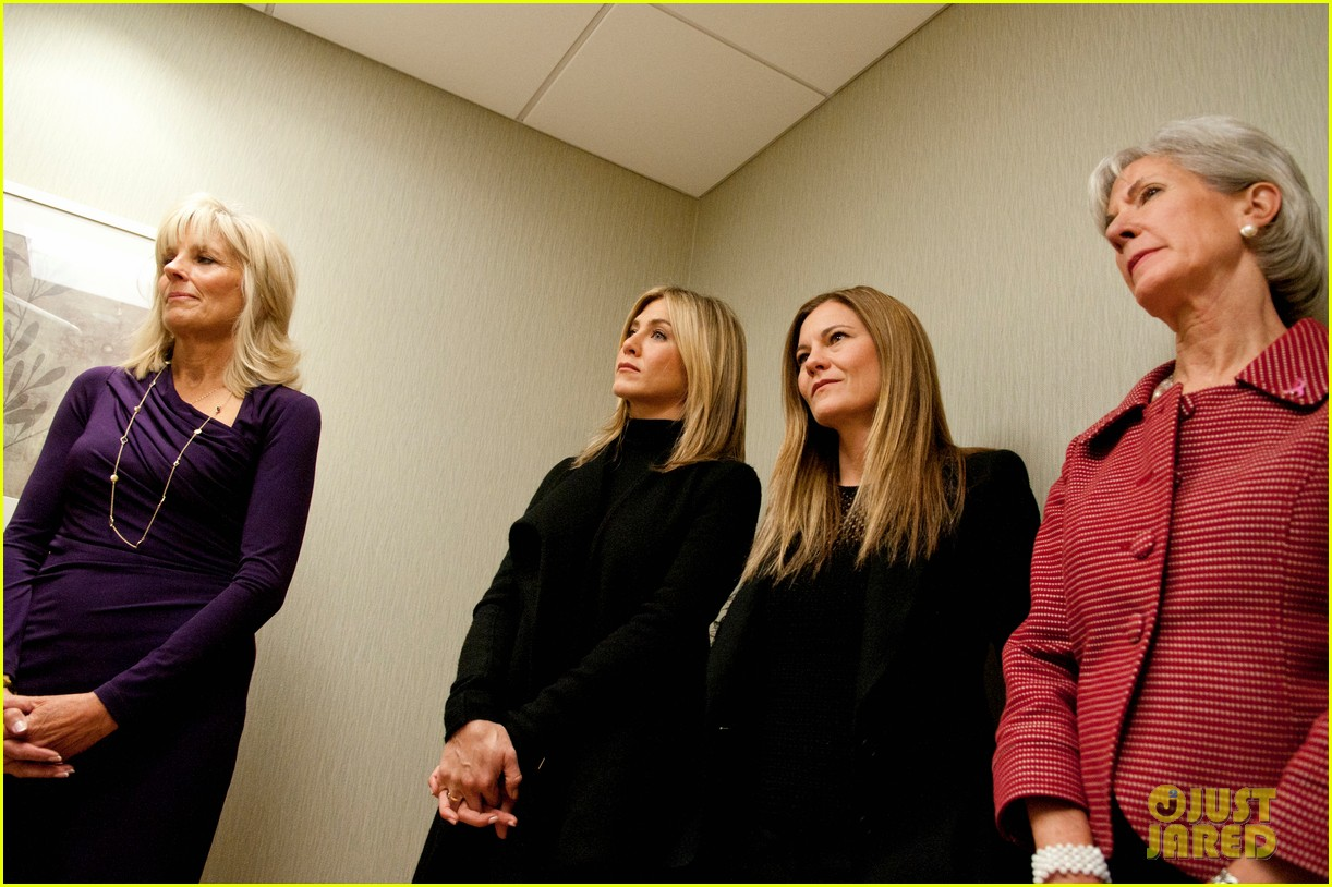 jennifer aniston hospital visit jill biden 05