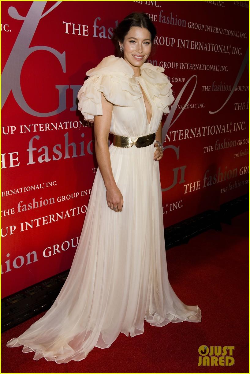 jessica biel fashion group 15