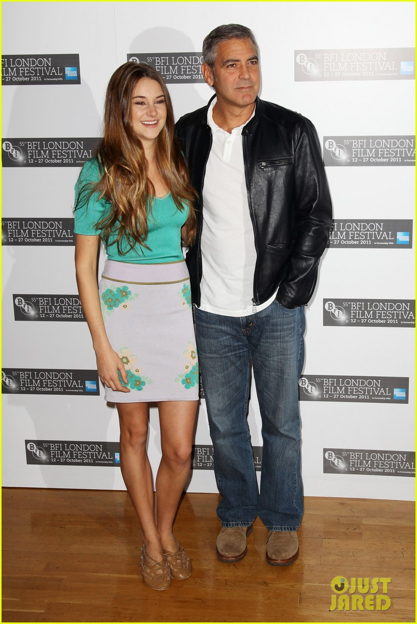 Full Sized Photo of george clooney stacy keibler ... George Clooney