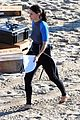 courteney cox beach cougar town 07