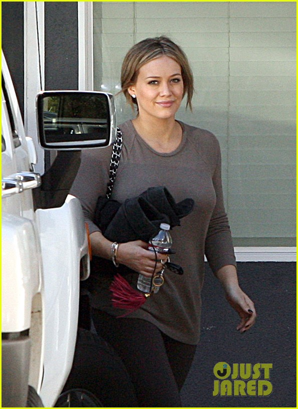 hilary duff pilates 01