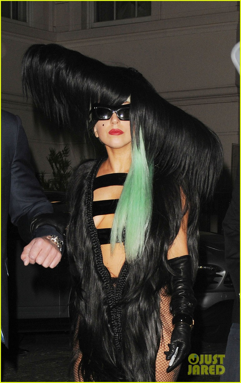 lady gaga hair outfit 022587585