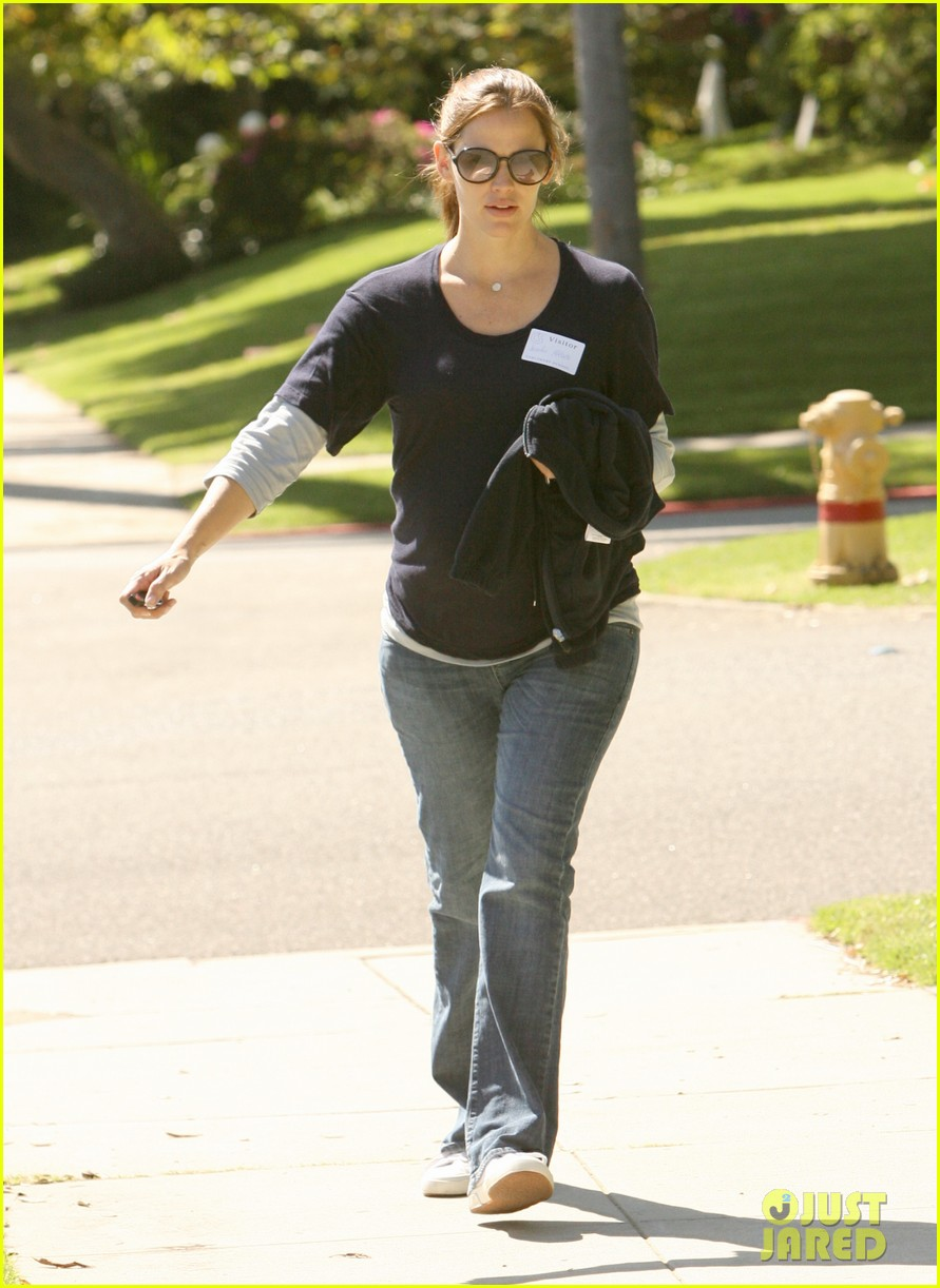 jennifer garner karate pickup 11