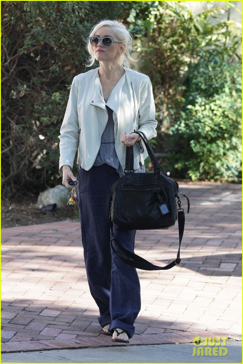 gwen stefani friends house los angeles 02