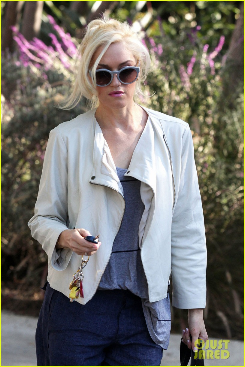 gwen stefani friends house los angeles 04
