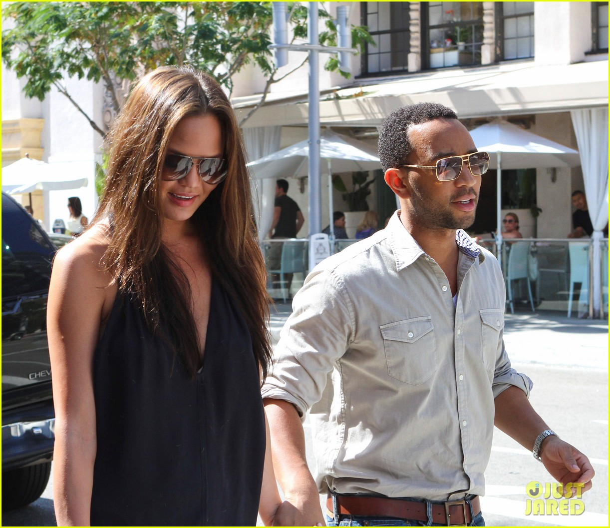 john legend chrissy teigen villa blanca lunch 042585754