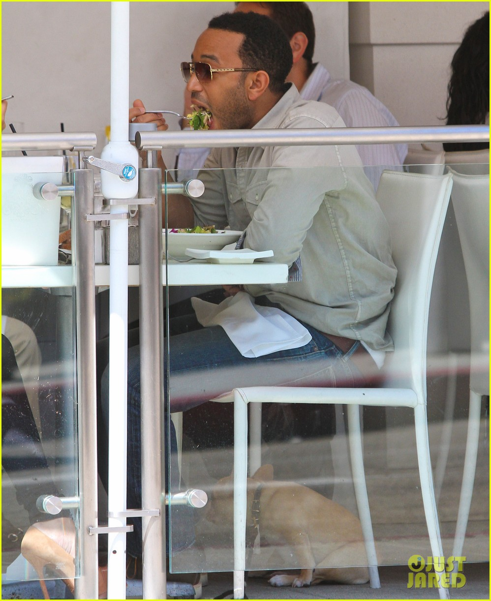 john legend chrissy teigen villa blanca lunch 122585762