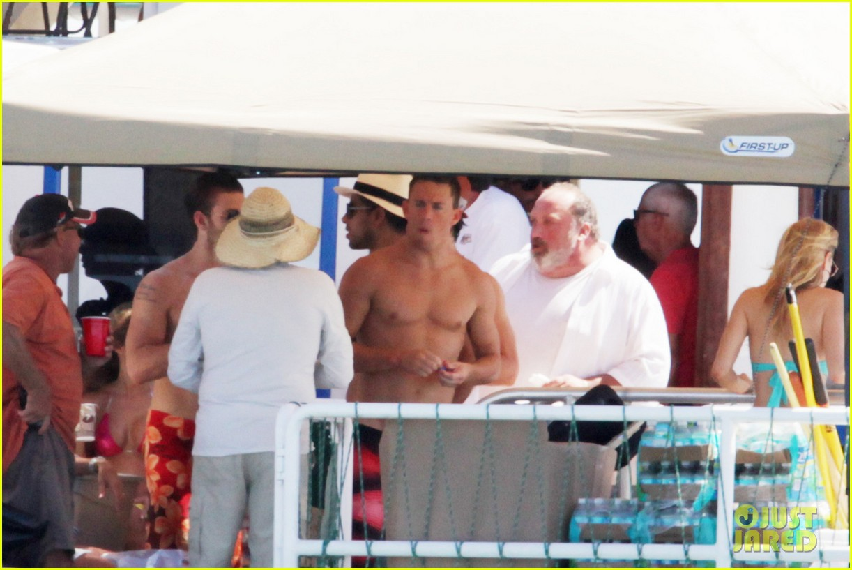 magic mike cast shirtless tampa 07