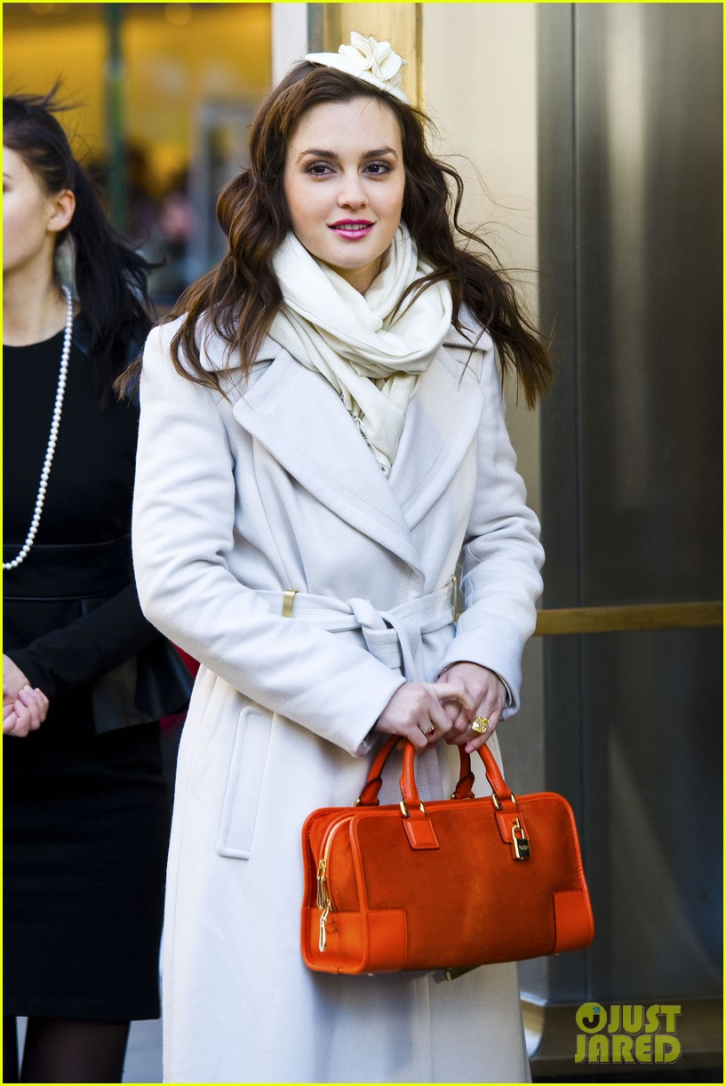 leighton meester white coat gossip set 12