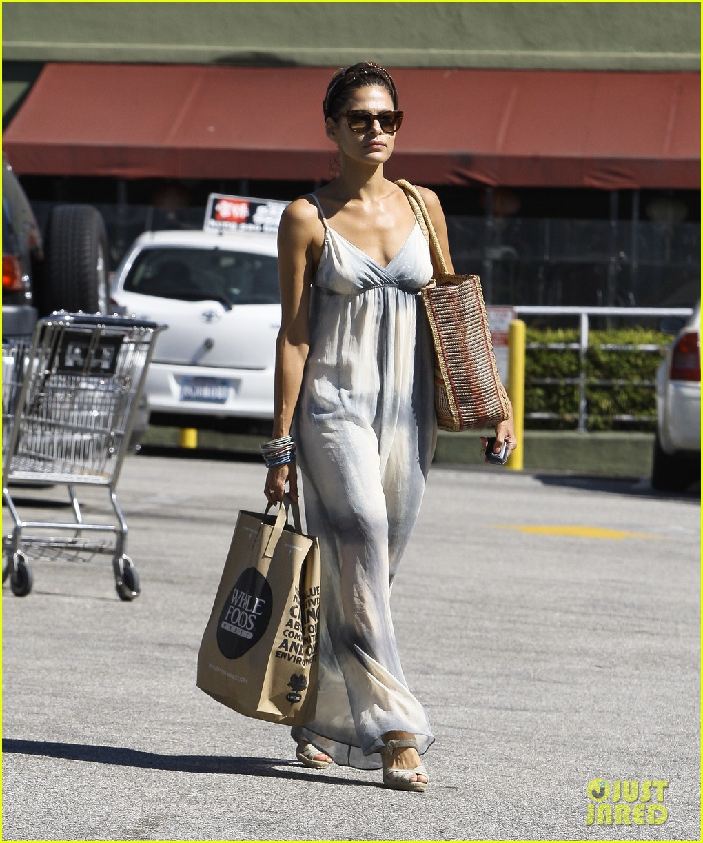 eva mendes whole foods 152590053
