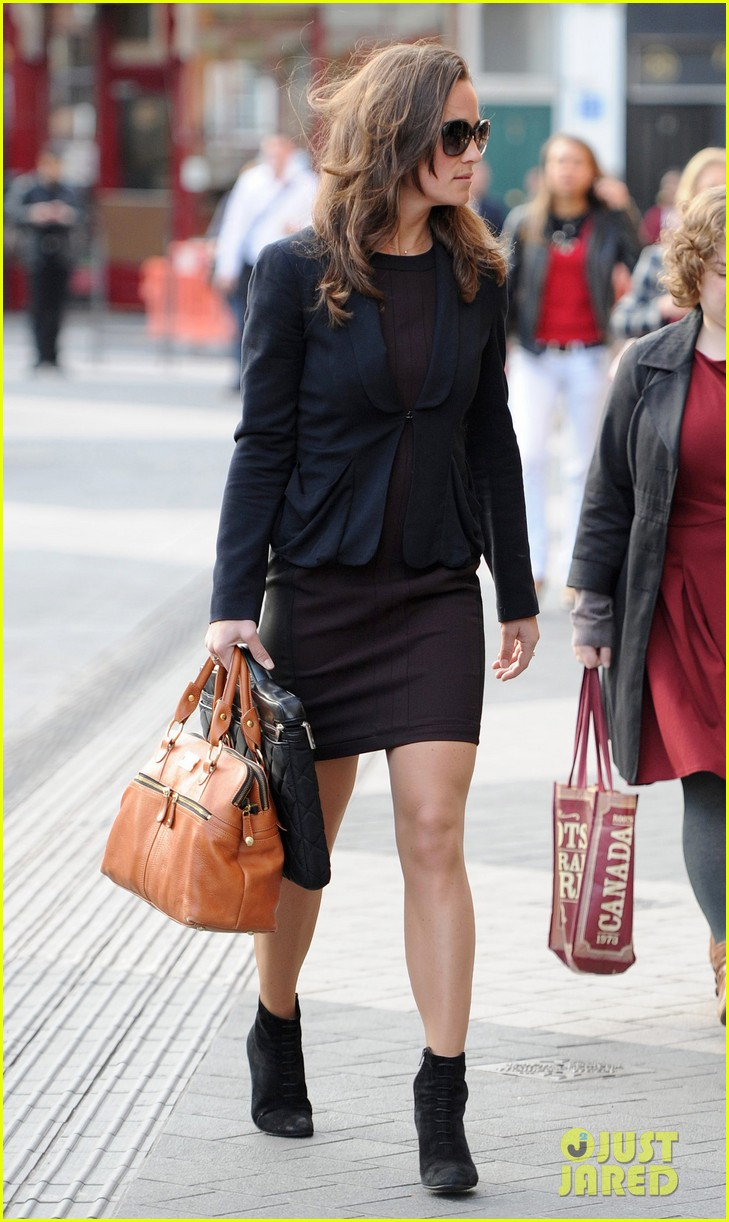 pippa middleton ankle booties work 09