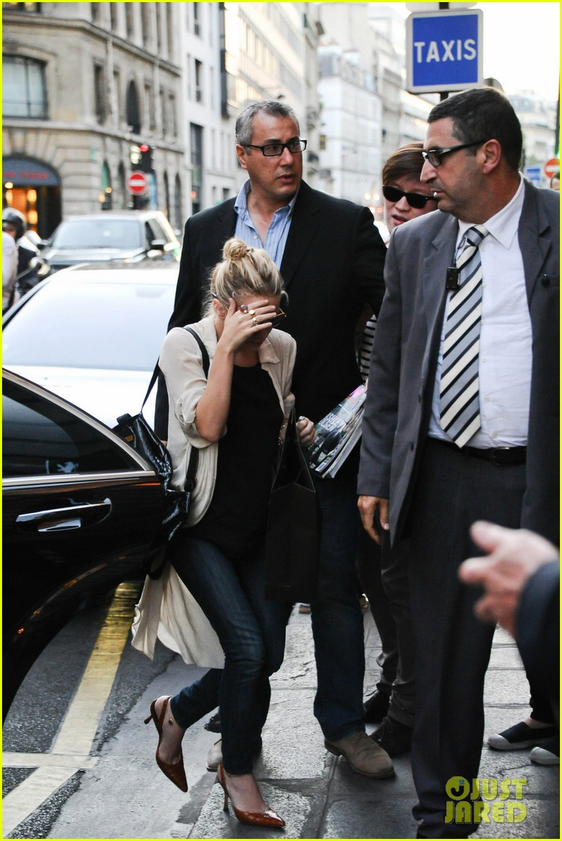 ashley olsen paris to nyc 01