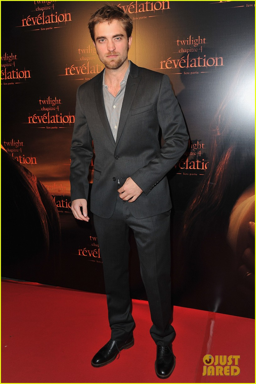 robert pattinson ashley greene twilight paris premiere 032592844