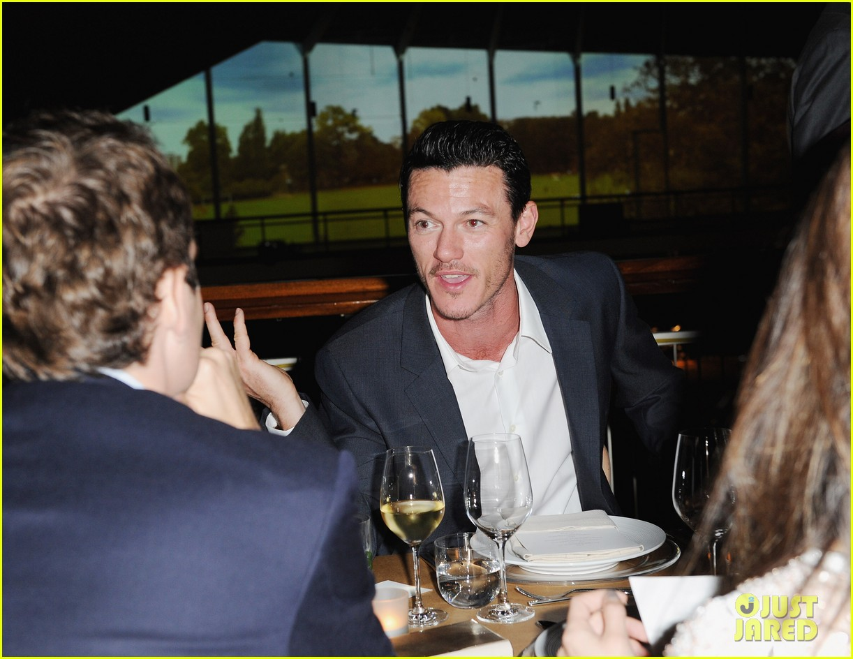 frieda pinto calvin klein dinner with luke evans 08