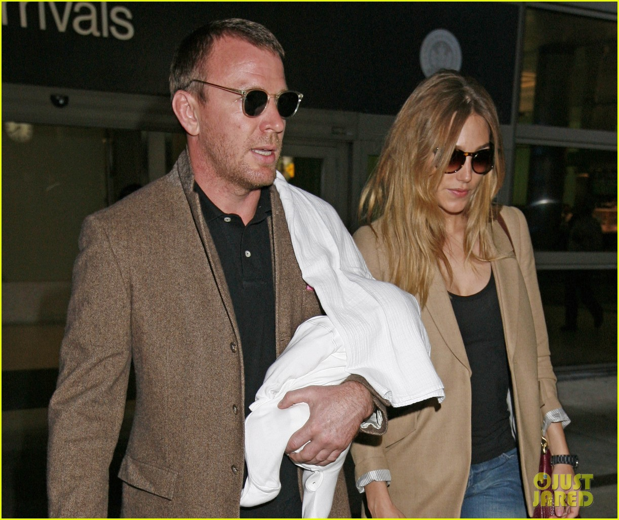 guy ritchie carries son 03