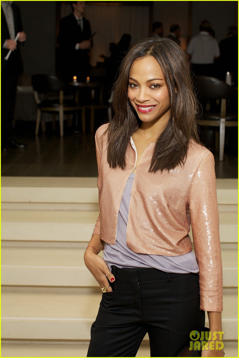 zoe saldana public chicago 02