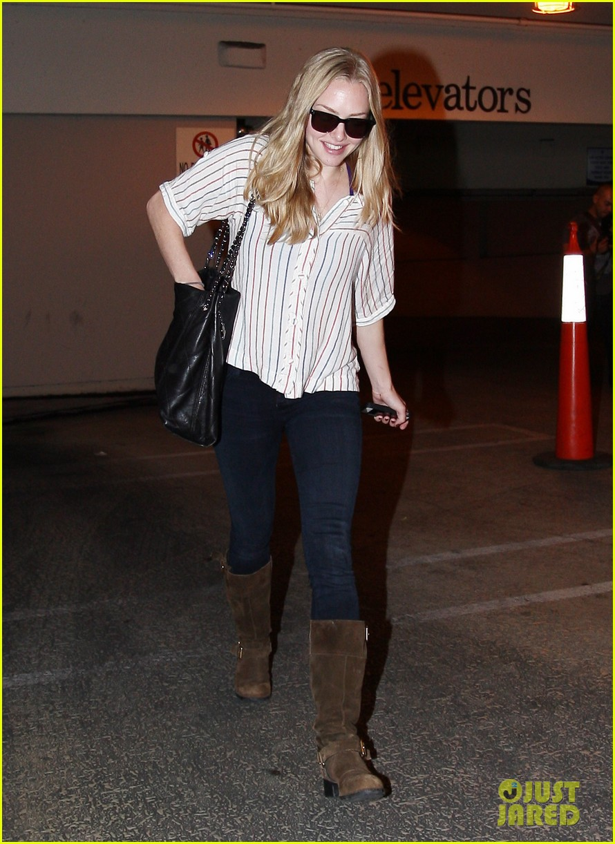 amanda seyfried looks keys 022587850