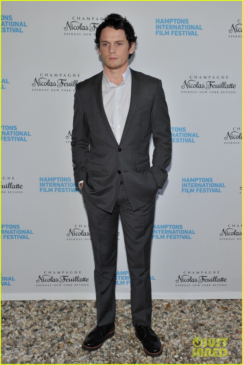 alexander skarsgard hamptons film festival breakthrough performer 05