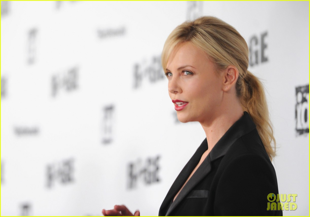 charlize theron stacy keibler rage launch party 082585631