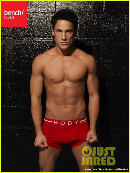 michael trevino shirtless underwear 03