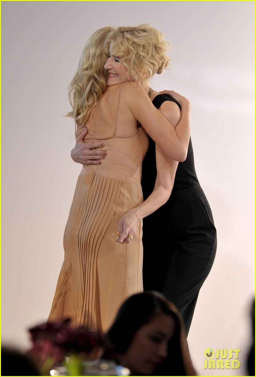 naomi watts elles women in hollywood honoree 03