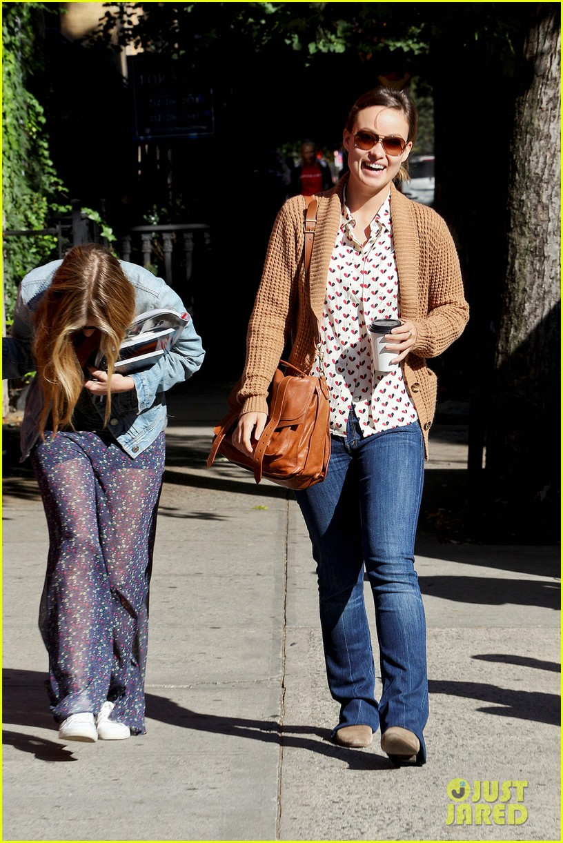 olivia wilde breakfast west village 02