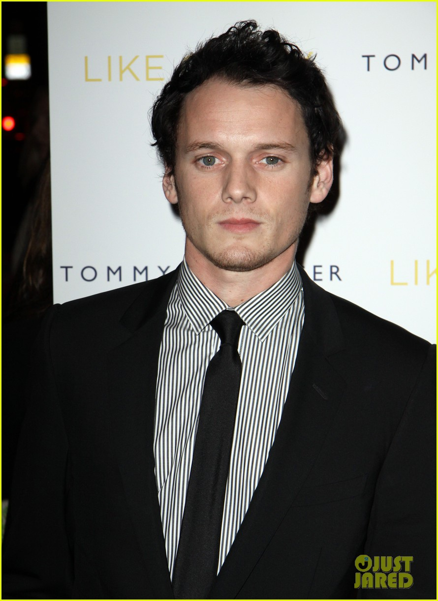 anton yelchin like crazy new york premiere with felicity jones 10