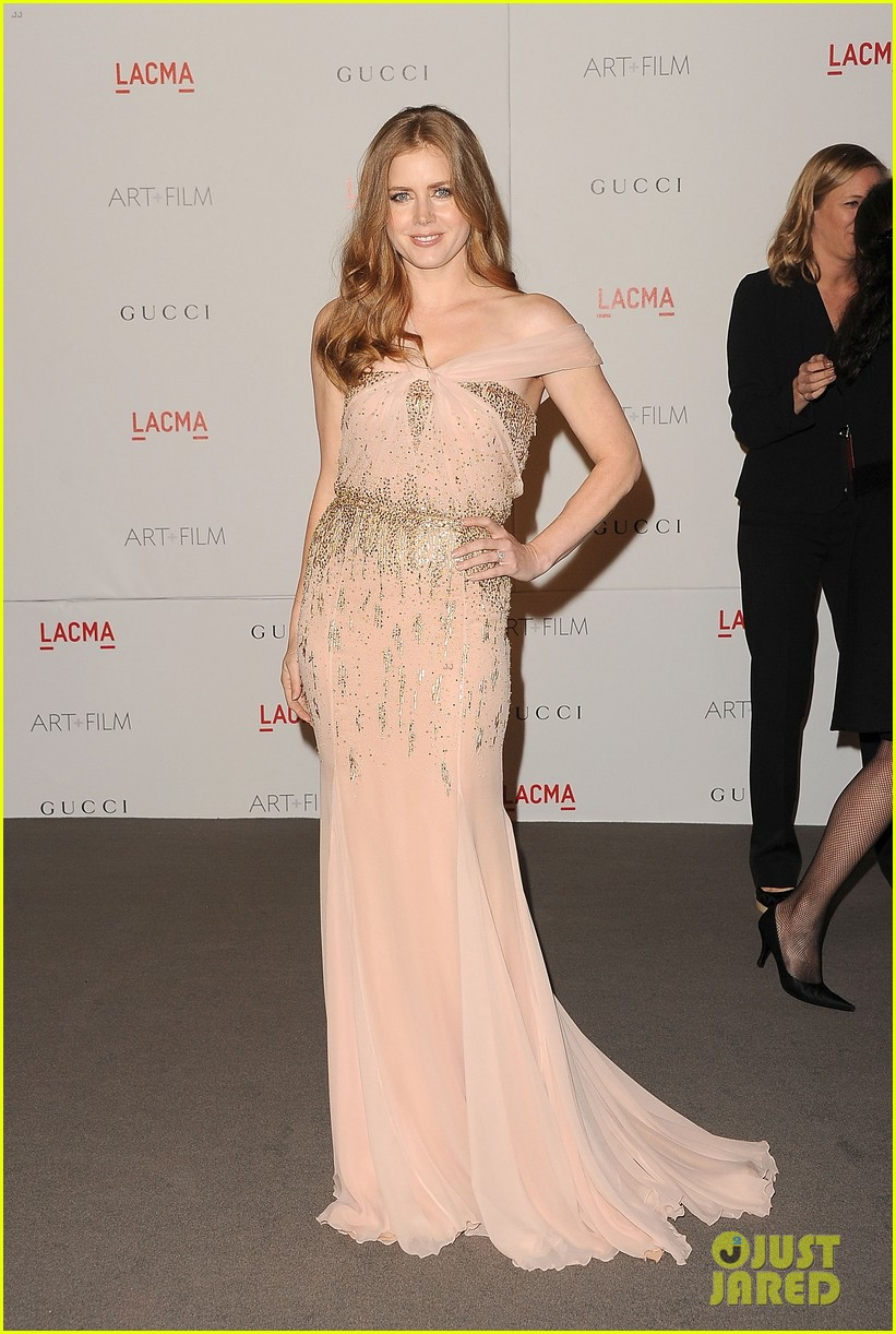 amy adams lacma gala with rashida jones 10