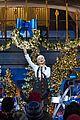 christina aguilera disney christmas 06