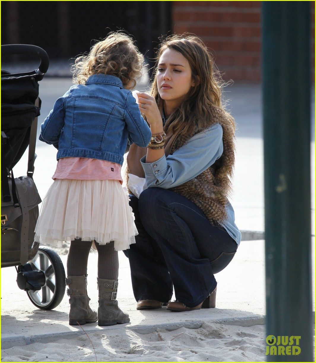 jessica alba park day family 13