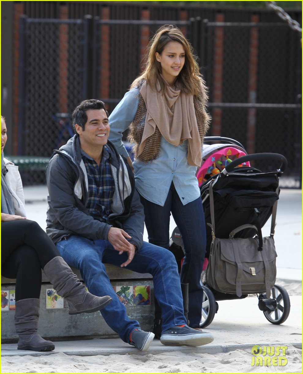 jessica alba park day family 25