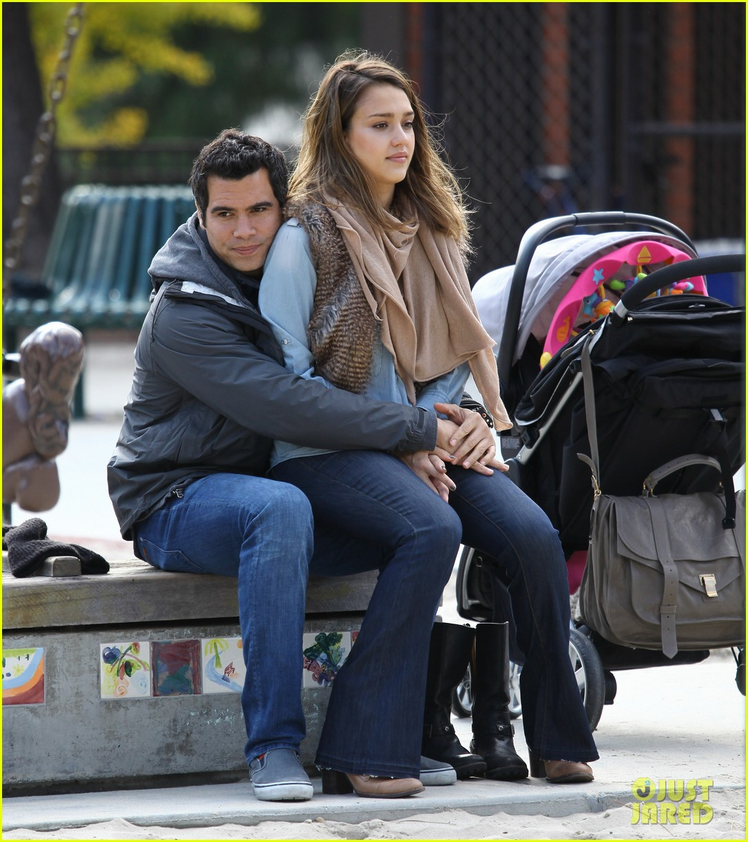 jessica alba park day family 27