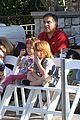 jessica alba family disneyland 05