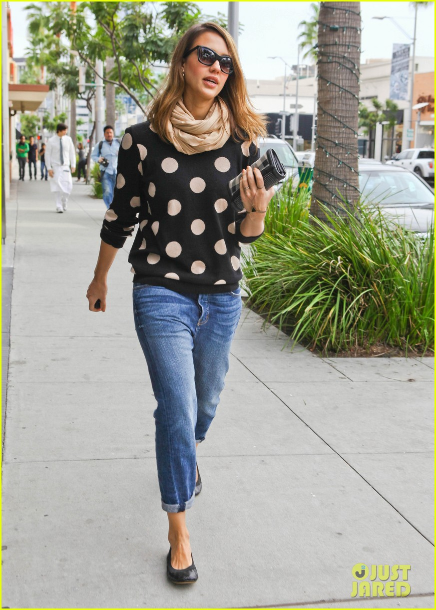 jessica alba polka dot 10