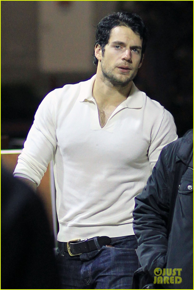 henry cavill return canada 01