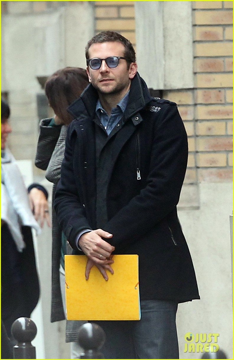 bradley cooper out and about in paris 04