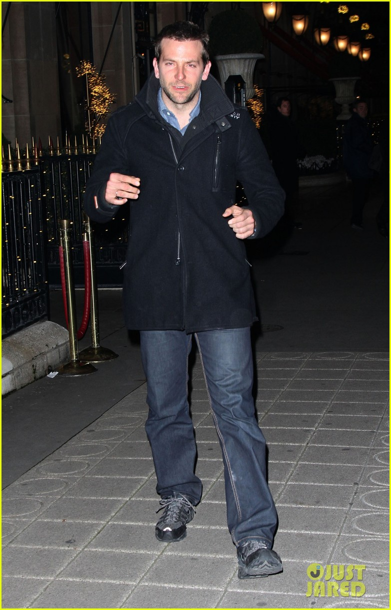 bradley cooper out and about in paris 08
